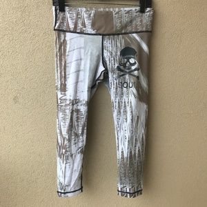 Soul Cycle Vimmia Abstract Skull Workout Leggings